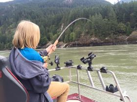 learn-to-fish-sturgeon-guide