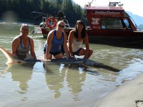 girls-weekend-fraser-river-hope